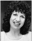 Sara Moser Bartlett Headshot-130